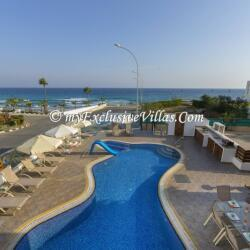 Seafront Front Holiday Villas In Protaras