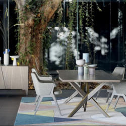Roche Bobois - Jane Dining Table
