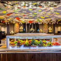 Tropical Restaurant Buffet And A La Carte