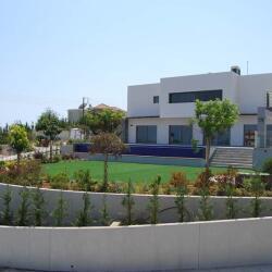 Villa In Ayios Tychonas