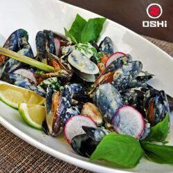 Oshi Mussels With Thai Green Curry Sauce