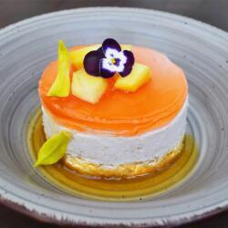 Oshi Thai Mango Mousse
