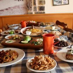 Taverna Zenon Cypriot Meze