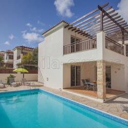 Coral Bay Holiday Villas