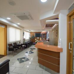 Lemesos Dental Clinic Reception