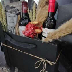Wines And Flowers Gift Set