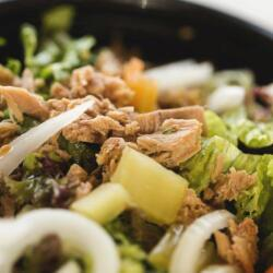 Psarolimano Tuna Salad