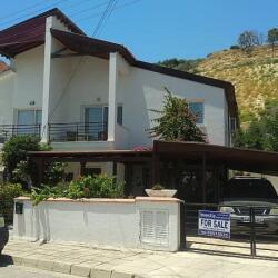 Three Bedroom House For Sale In Oroclini