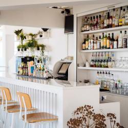 Vrachia Beach Resort Bar