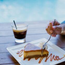 Tgi Fridays Cyprus Desserts Caramel Cheesecake